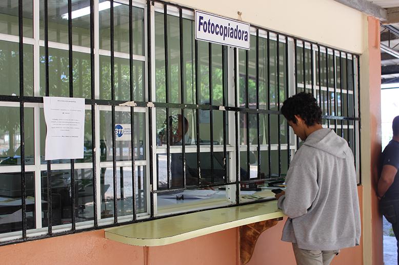 Centro de Fotocopiado - Centro Regional de Azuero