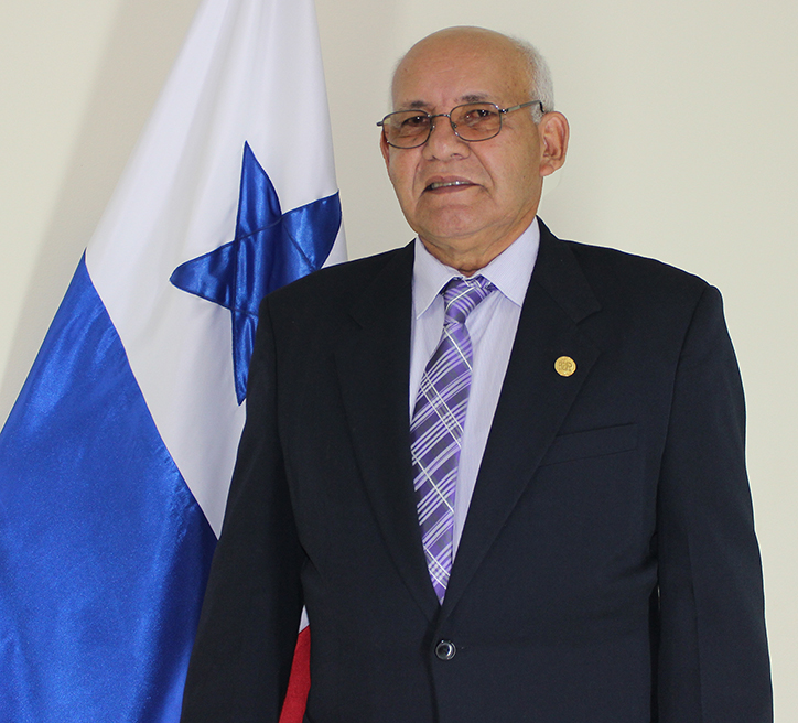 Ingeniero Urbano Alaín Núñez - Director - Centro Regional de Azuero