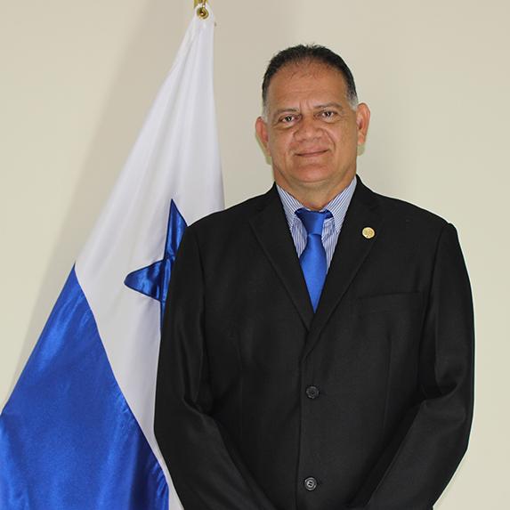 Ing. Roberto Cigarruista - Coordinador de Extensión